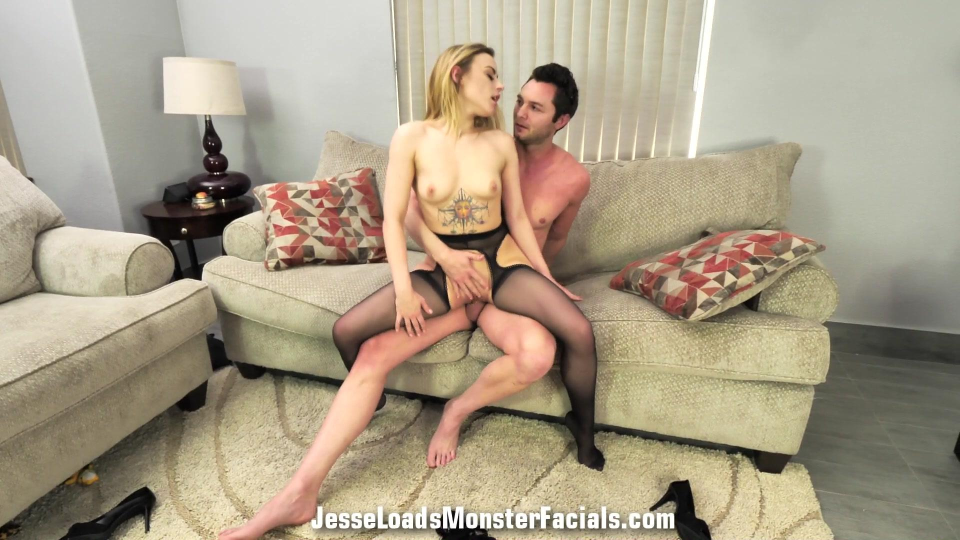 Jesse Loads Monster Facials – Anna Claire Clouds