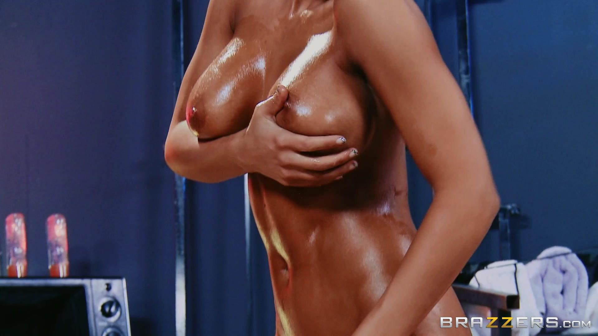 Brazzers Exxtra – Best Of Brazzers Madison Ivy