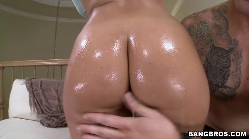 Ass Parade – Jynx Maze Juicy Fat Ass!