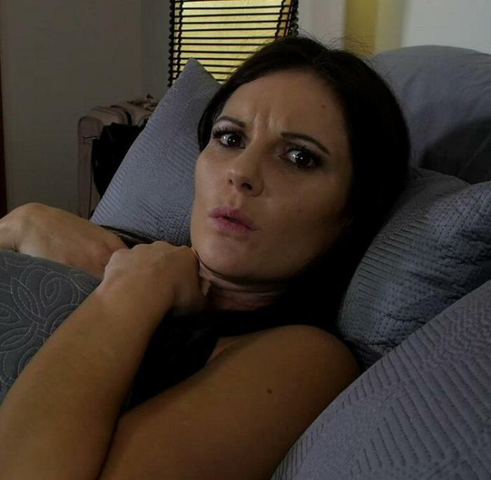 Mandy Flores - Mom and Son Share a Bed: Taboo: Mandy Flores MF (2020) [FullHD/1080p/MP4/733 MB] by Utrodobroe